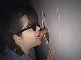 2 cocks gloryhole - Gloryhole amateur 2