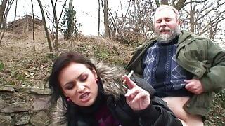 Blonde deutsche dicke Tittensau im Winter gefickt Outdoor