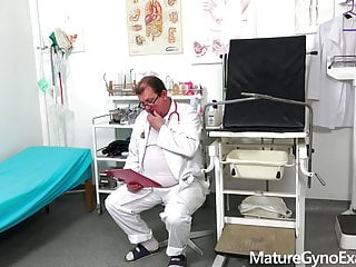 Fucking machine sex woman Slim mature womans pussy check-up