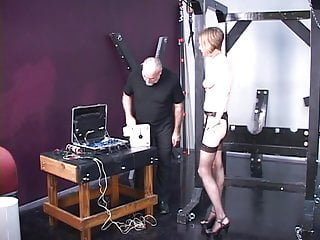 Older dog peeing in the house - Young blonde receives dog training from older master len