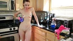 Skinny sexy Milf Betty Blaze masturbates in the kitchen