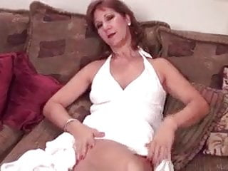 Shaven mature beaver - Mature playing with her shaven vagina