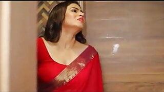 Indian Hot Bhabhi Ki Sister Ko Farm House m Sex Karna Sikaya