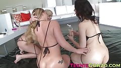 Sarah Shevon and Madelyn Monroe enjoy a lesbian threesome