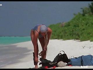 Woman caught sunbathing nude Nude celebrities in sunbathing scenes vol 1