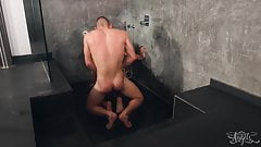 Gorgeous Tranny Vanessa Jhons Gets Fucked In The Shower