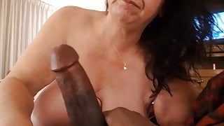 Bbw white whore loves to suck cum out of sexy bbc, very nice