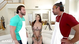 Trickery - Tattooed Nude Model DPed By Two Painters