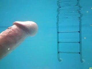 Wet thumb aquatics - Aquatic sucking