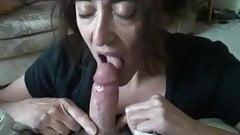 Jenny bläst und schluckt