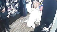 Spionage-Kamera im Salon von Brautkleidern (sorry, kein Ton)