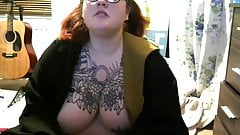 BBW Shows off that heavenly Body