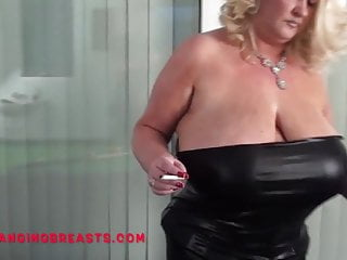 Picture of mature boob hanging out British pornstar busty nicole hangs out her huge tits