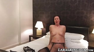 Hotel room self pleasure with the gorgeous mature vixen Lara