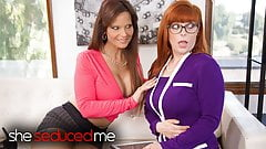 Seducing My Therapist - Penny pax & Syren De Mer