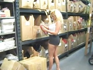 Cynthia brown nude - Hot mature cougar cynthia hammers banging in warehouse