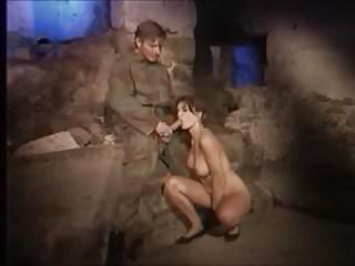Mulh res nuas porno - Freira quer ser mulher nua e ama sexo com soldado