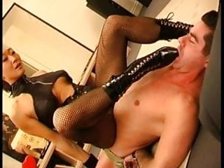 Fit asian with kinky boots - Dude worshipping kinky boots