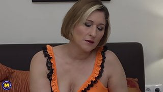 Real mature stepmom with amazing big ass and tits