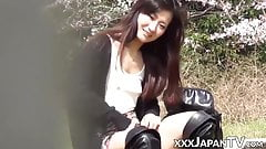 Japanese hottie plays with her pussy and gets jizzed on