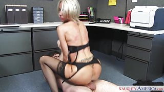 naughty america Emma Starr fucking in the office