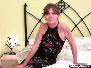 Real skinny cunt videos - Skinny grandma with bushy cunt gets the finger treatment