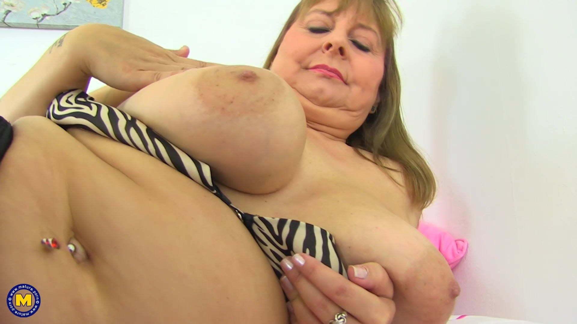Alexa Mature Breast Porn mature busty natural mother alexa from uk