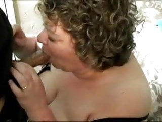 Housewife doggie sex Granny housewife fucked doggie style