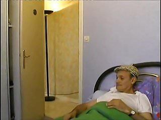 Infirmieres sex Une infirmiere devouee