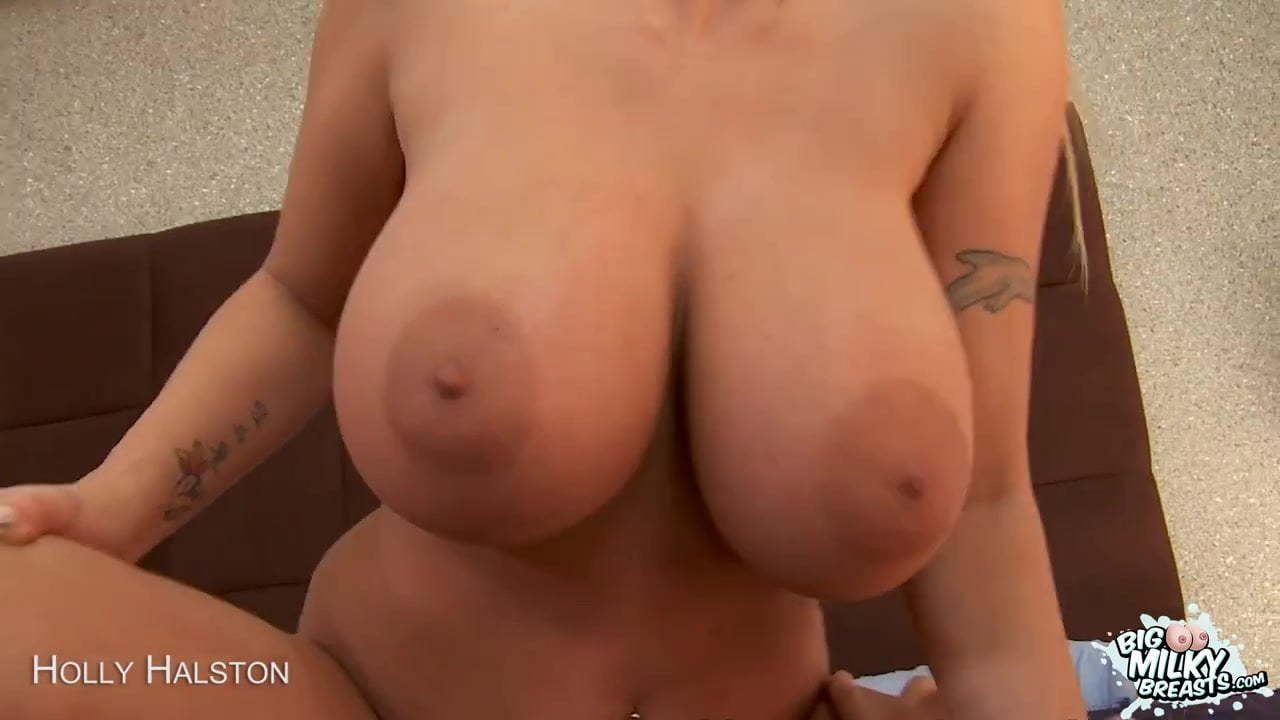 Sexy MILF With Huge Tits Gets Fucked!