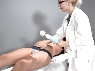 Woman getting orgasm - Pregnant woman getting hitachi orgasm