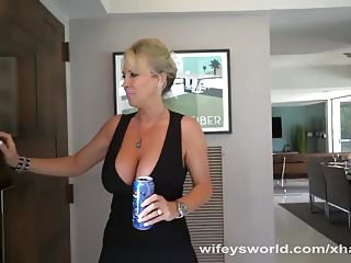 Wifeys world tits Busty milf blows the repairman
