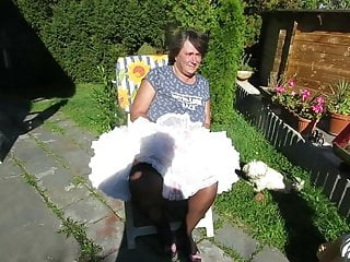 Windy upskirts Windy upskirts teil 33