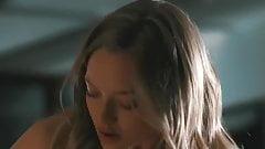 Amanda Seyfried, Julianne Moore und Nina Dobrev nackt