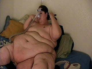 Oxygen kill male sperm - Ssbbw slob with oxygen mask lays in bed while guy jerks off