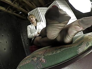 Mature videos hd feet - Sexy mature nylon feet