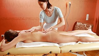 Marusya Mechta came to her first massage