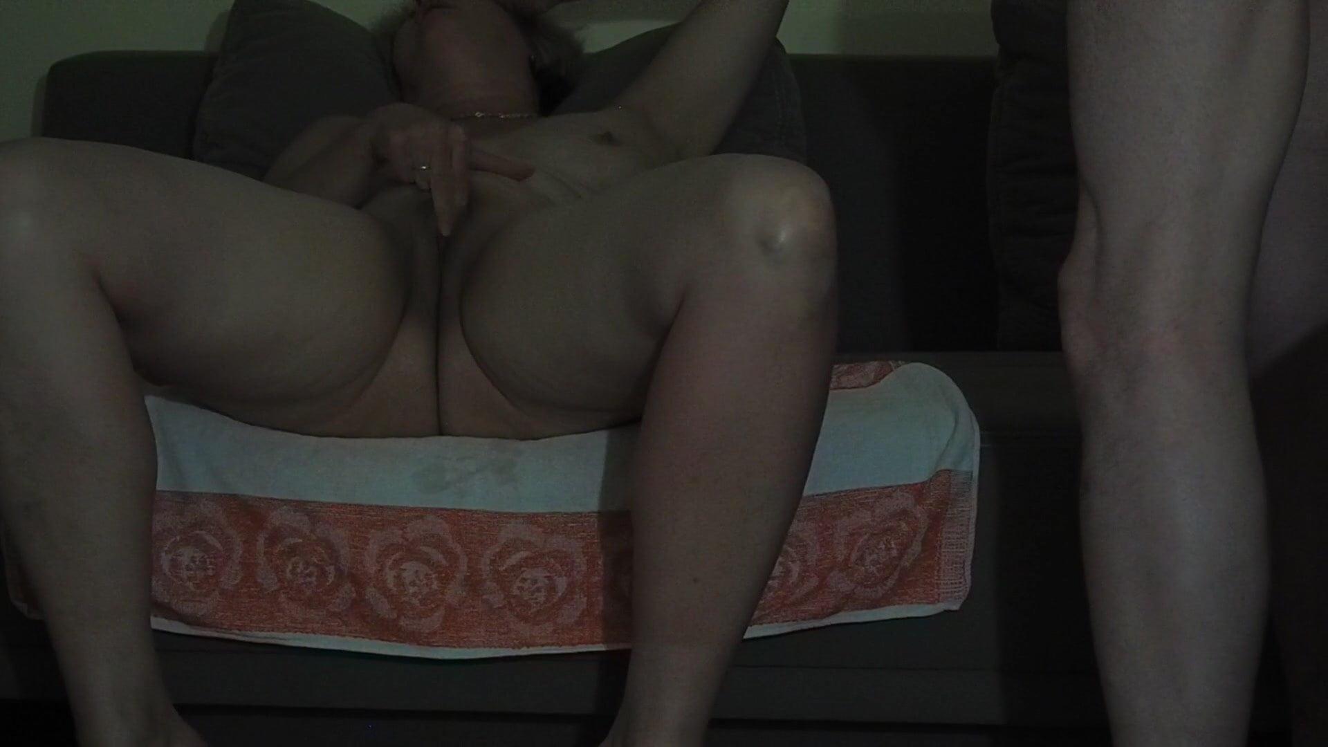 Sexy Frau Mastubiert