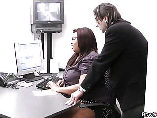 Fat ebony ass bbw Married boss cheats with fat ebony secretary