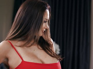 Ava gardner talkes about dick - Full video on about brazzers ava addams sinking some balls