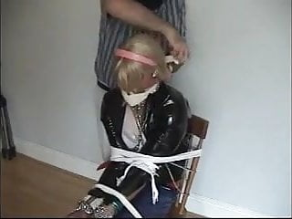 Tgirls peeing - Stella tgirl house hostage