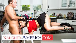 Kassandra Kelly Ivy LeBelle fucks her mans friend