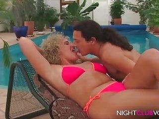 Shemales fuck porn - Retro fuck porn