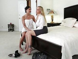 Slutload milf lesbian Amazing milf lesbian