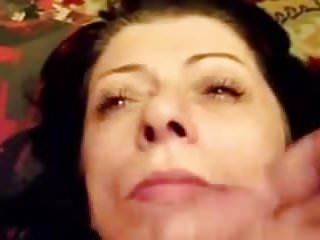 Annie rivieccio handjob xvideos - Sborrata in faccia alla russa di 49 anni
