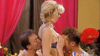 Versaute Hausmadchen German Porn Movie Scene vintagepornbay