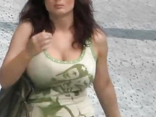 Fiftyplus bouncing tits Candid - busty bouncing tits vol 5