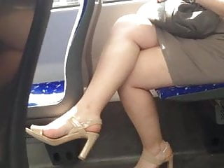 Sexy milf crossed legs stockings Candid sexy crossed legs 12