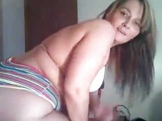 Hillbilly gangbang gallery - The ghetto hillbilly claps dat big sexy white booty.