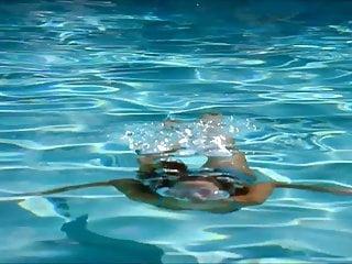 Rebecca romjin alias jennifer garner lingerie Jennifer garner bikini scene